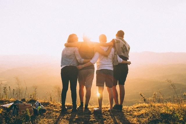 Überwinden von Depressionen mit Freunden